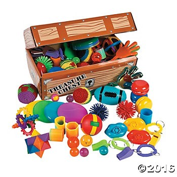 Cardboard Treasure Chest with Toys - 100 Pcs