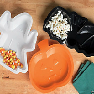 Halloween 90% Off: Serving Trays - 3 Pk